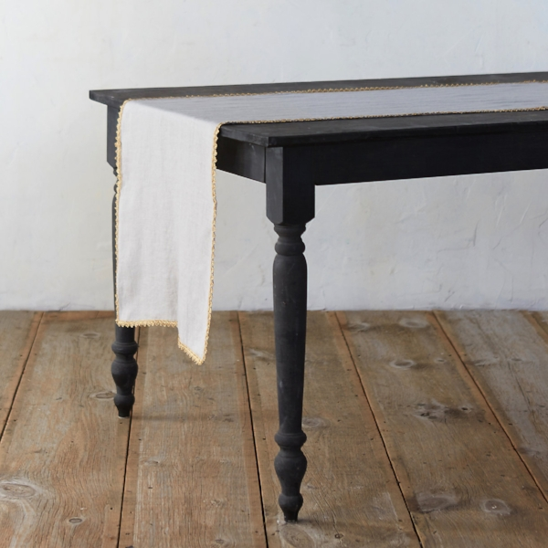 metallic trim table runner