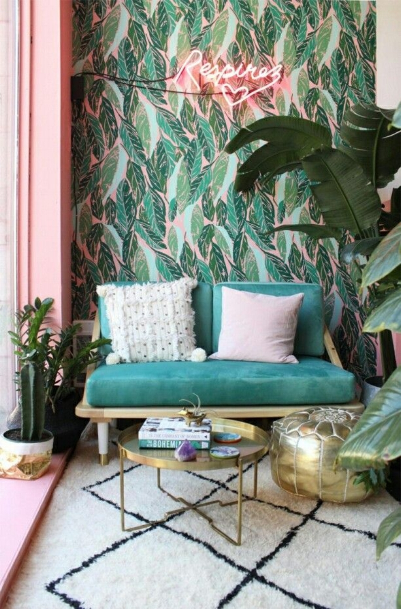 palm leaf wallpaper glam
