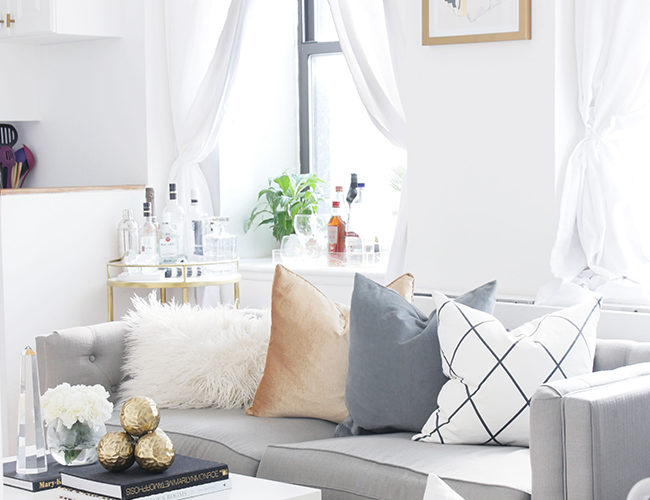 white living room city chic