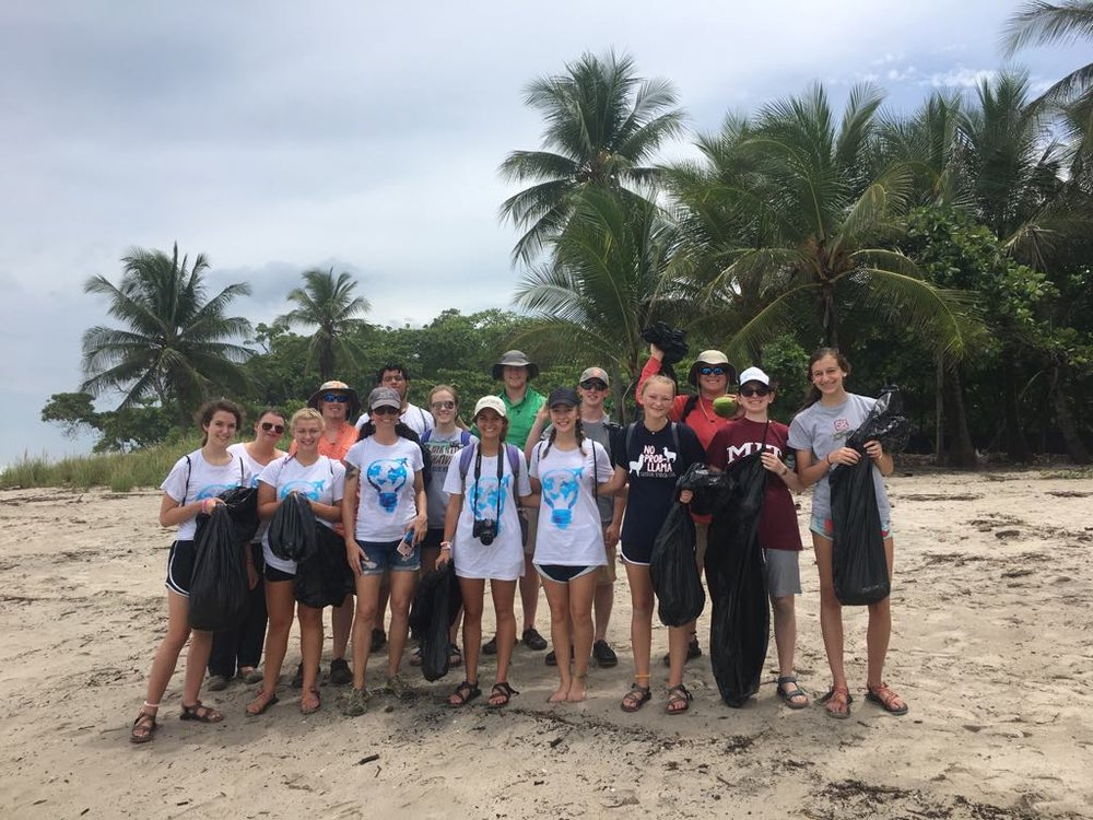 Cabo Blanco Beach Cleanup 02 270618.jpg
