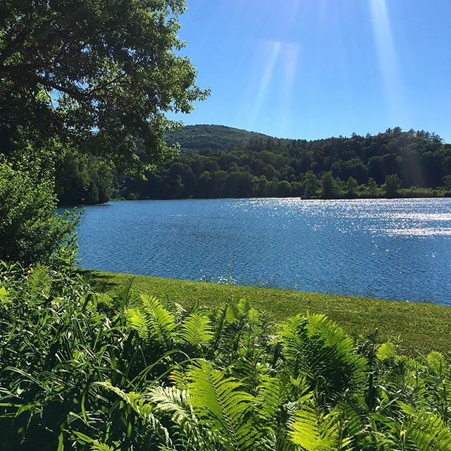 Catch the beauty of the sun on the lake, right behind the Inn.  So much relax, nature and space available, and waiting for your visit soon. . . . #lake #lakerunnemede #windsor #vermont #visitvermont #802 #naturephotography #nature #space #breathe #relax #unwind #summer #summertime #tripadvisor #travel #escape