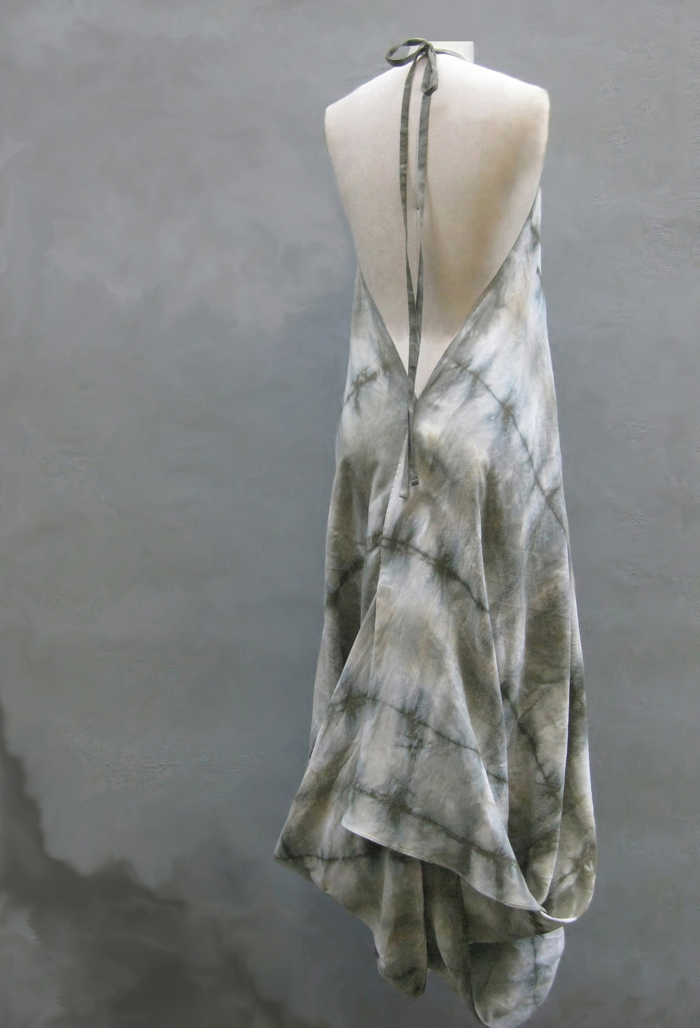 linen shibori dress back cropped.jpg