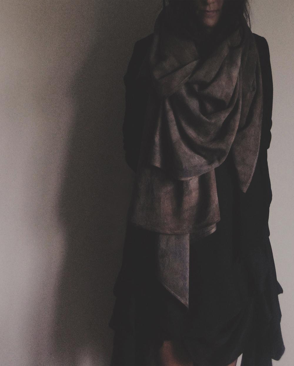 linen standing2.jpg