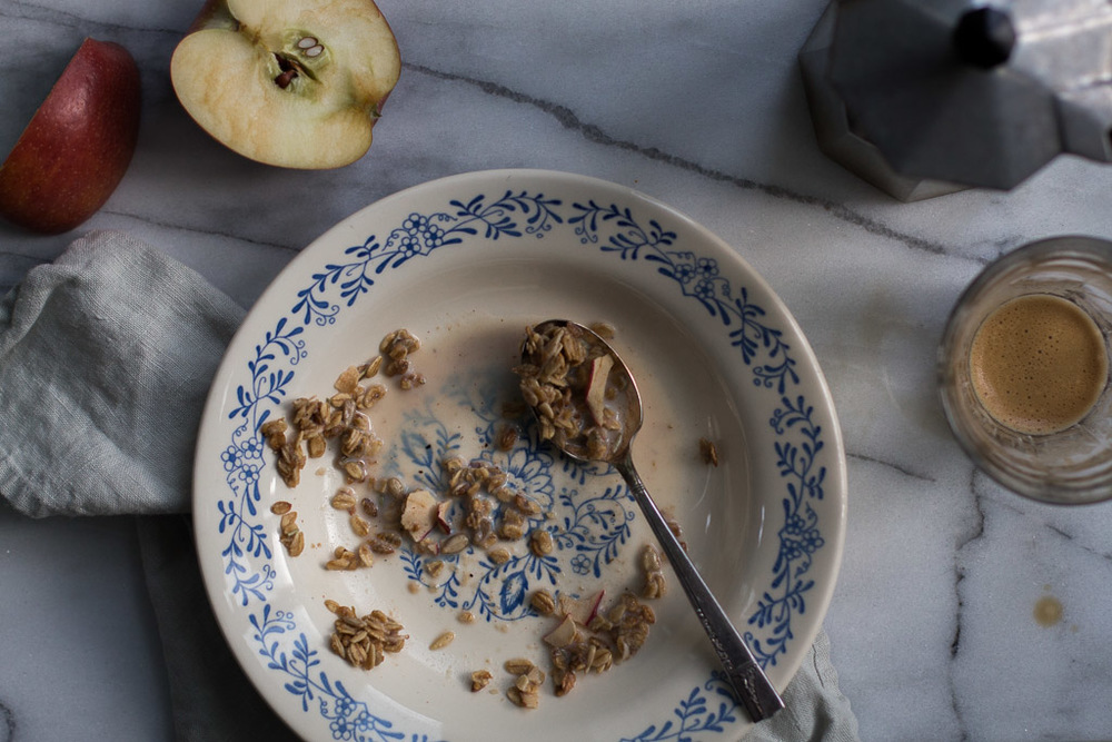 Apple-Rosemary Granola // Milly's Kitchen