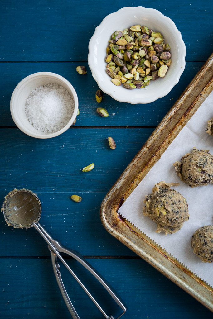 dark chocolate chip cookies with pistachios and black sesame // milly ...