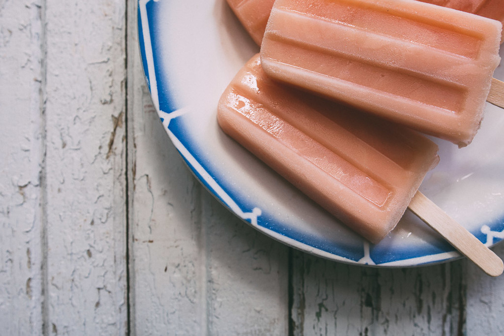 ginger-grapefruit popsicles // millyskitchen.com
