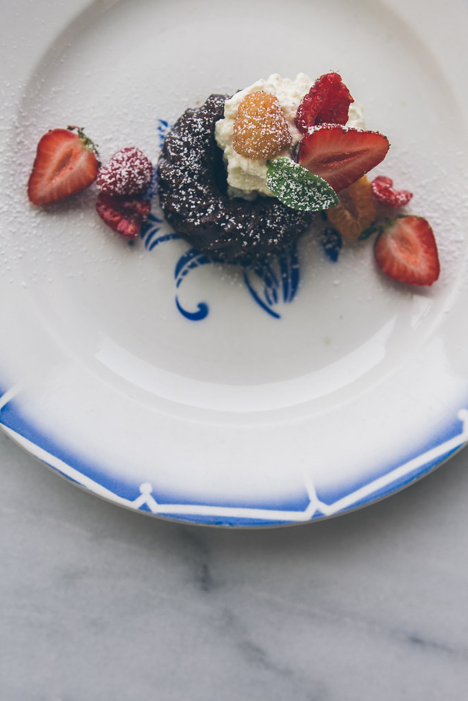 mini dark chocolate cakes with basil cream and summer berries // millys-kitchen.com