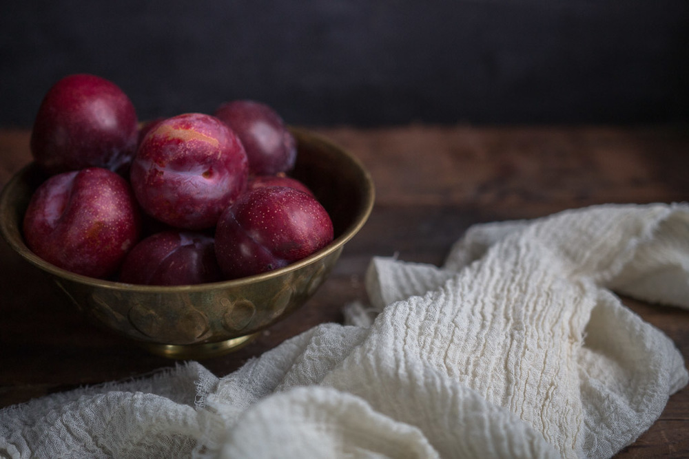 cardamom-roasted plum sundaes // millys-kitchen.com
