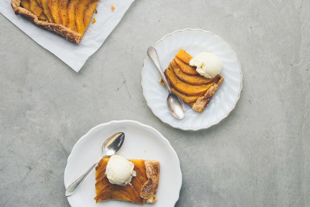 brown sugar pumpkin galette on millys-kitchen.com