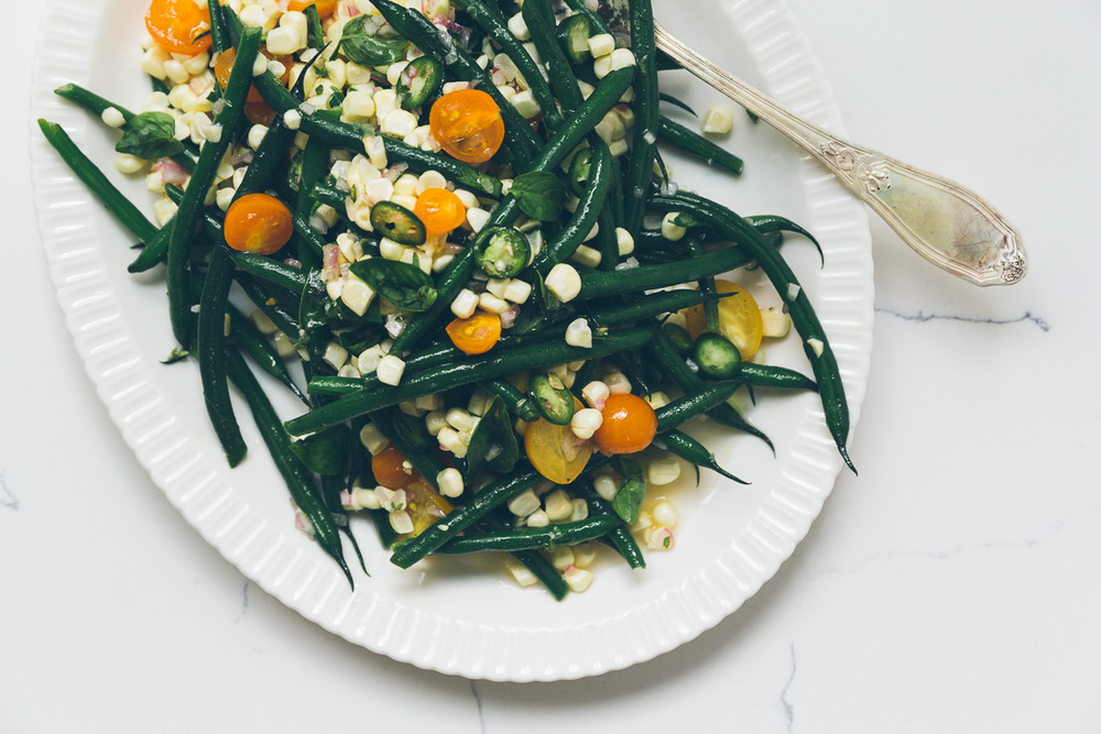 green bean, tomato and corn salad with serrano vinaigrette on millys-kitchen.com