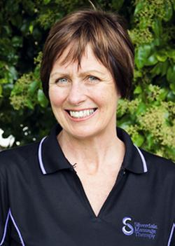 Vicky McMath (RMT MNZ)