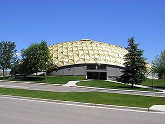 Sheridan_College_Golden_Dome2.jpg