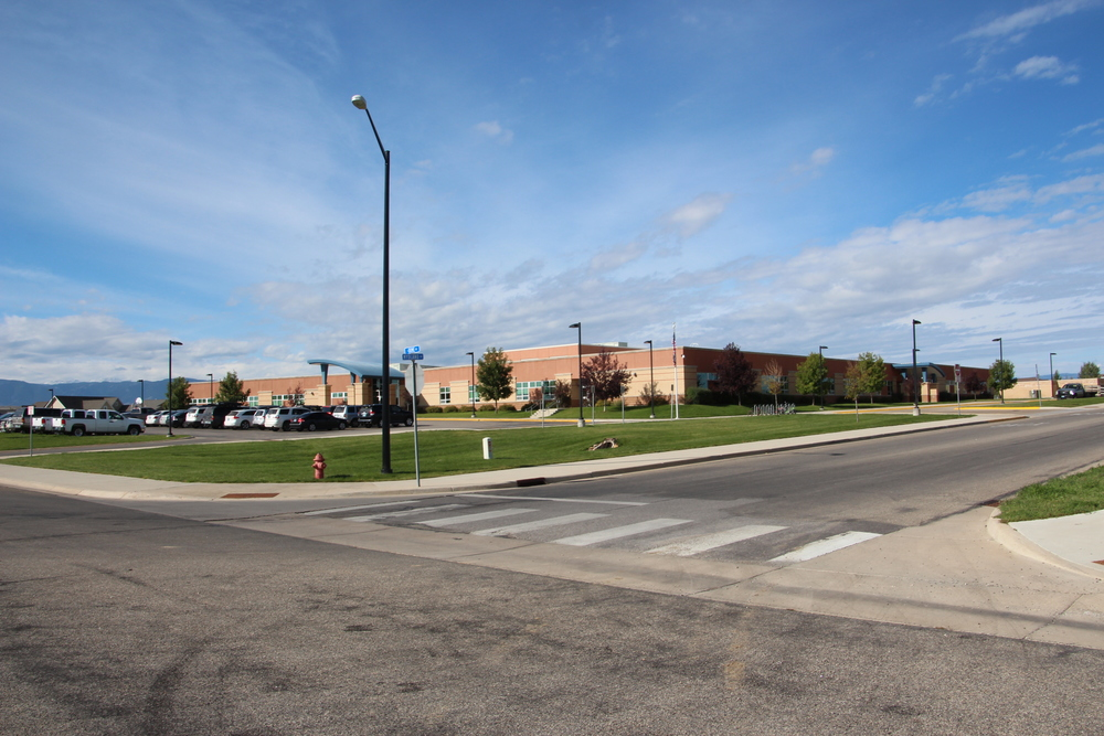 Highland Park Elementary School.jpg