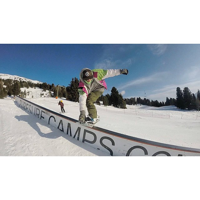 @skamario aka Mario Baio with styley a frontboard crail! #hipsnowboarding #austria #innsbruck #shredlife