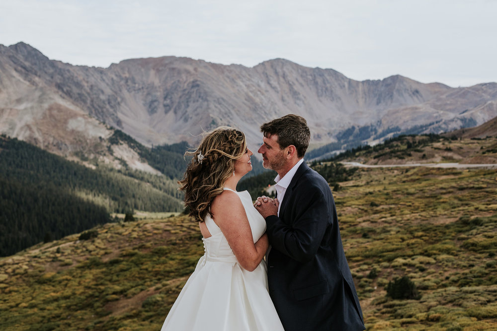 Colorado-Adventure-Elopement-Photographer.jpg
