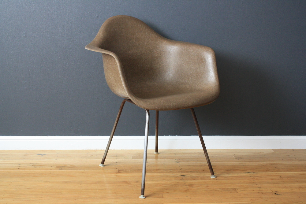 Vintage Fiberglass Shell Chair by Charles and Ray Eames for Herman Miller