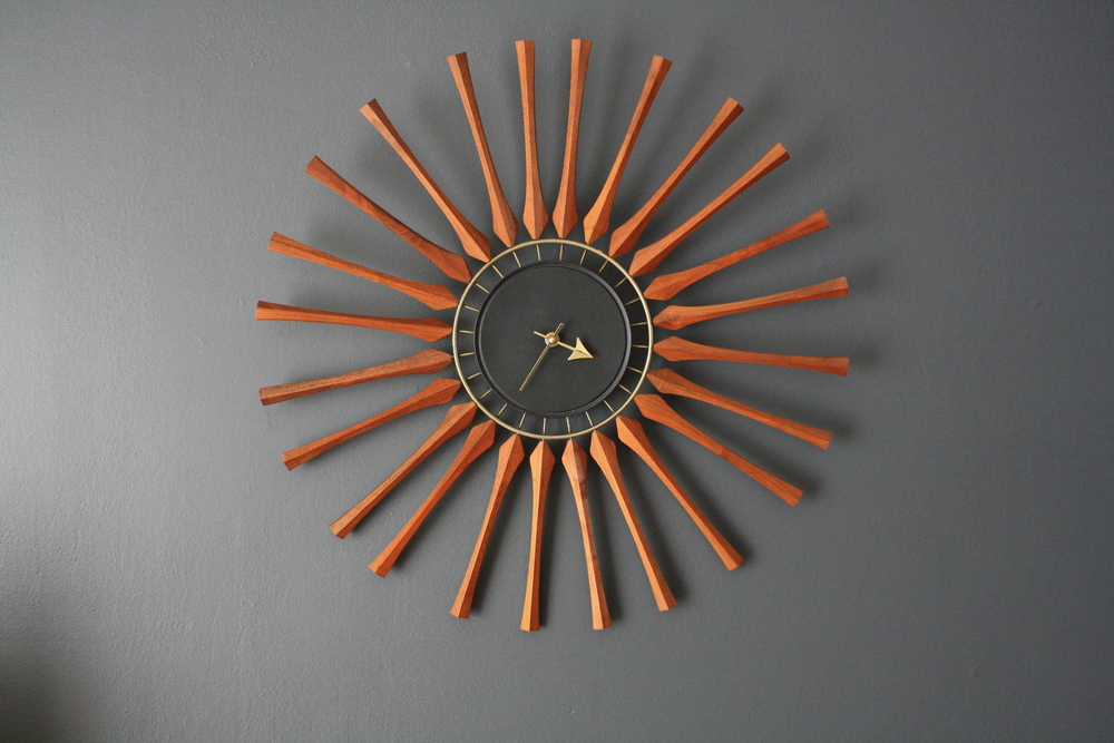 Copy of Mid-Century Modern Seth Thomas Star Burst Clock