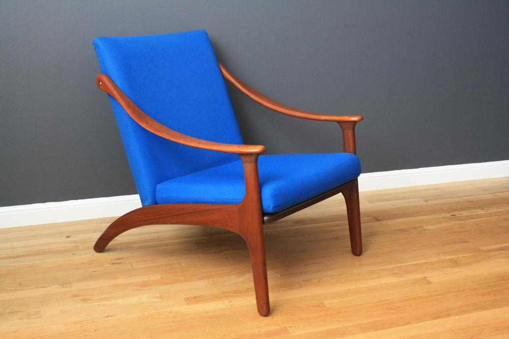 Danish Modern Lounge Chair by Arne Hovmand-Olsen