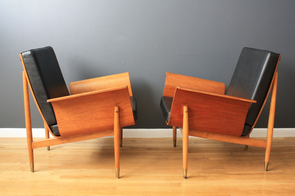Pair of Mid-Century Modern Lounge Chairs