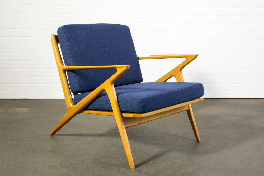 Danish Modern 'Z' Lounge Chair by Poul Jensen