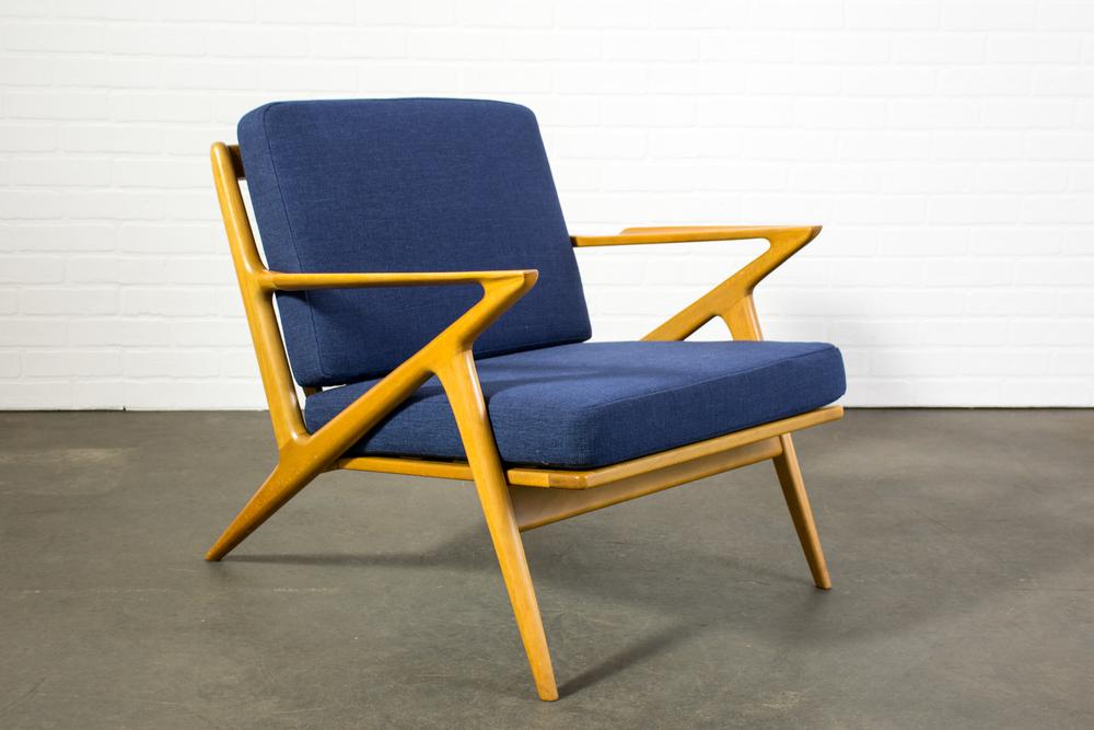 Danish Modern 'Z' Lounge Chair by Poul Jensen