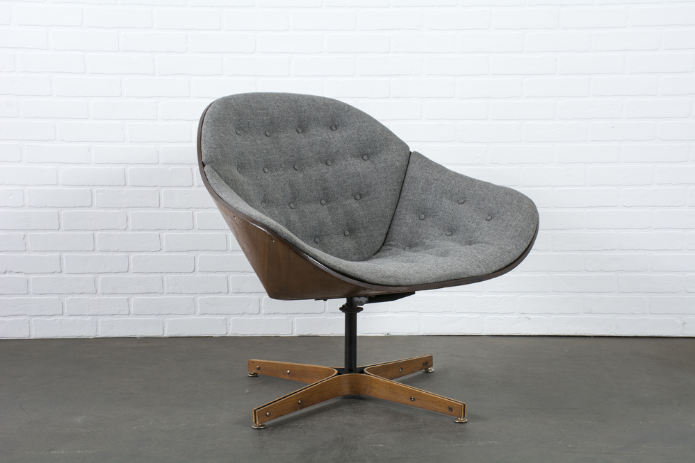 Vintage Mid-Century Swivel Lounge Chair by George Mulhauser