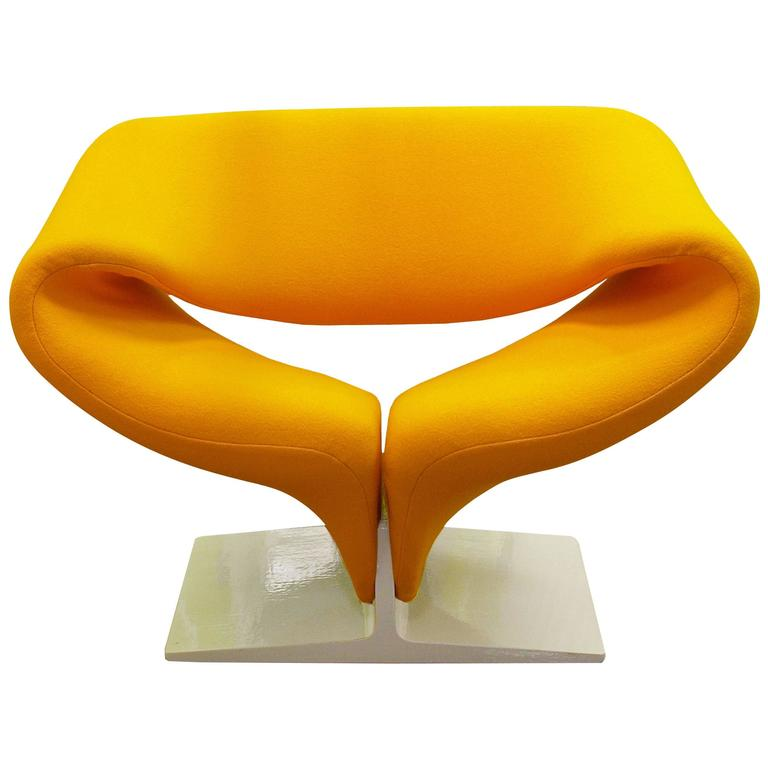 Ribbon Chair. Photo: 1stdibs/Galeria Chantala Art & Antiques