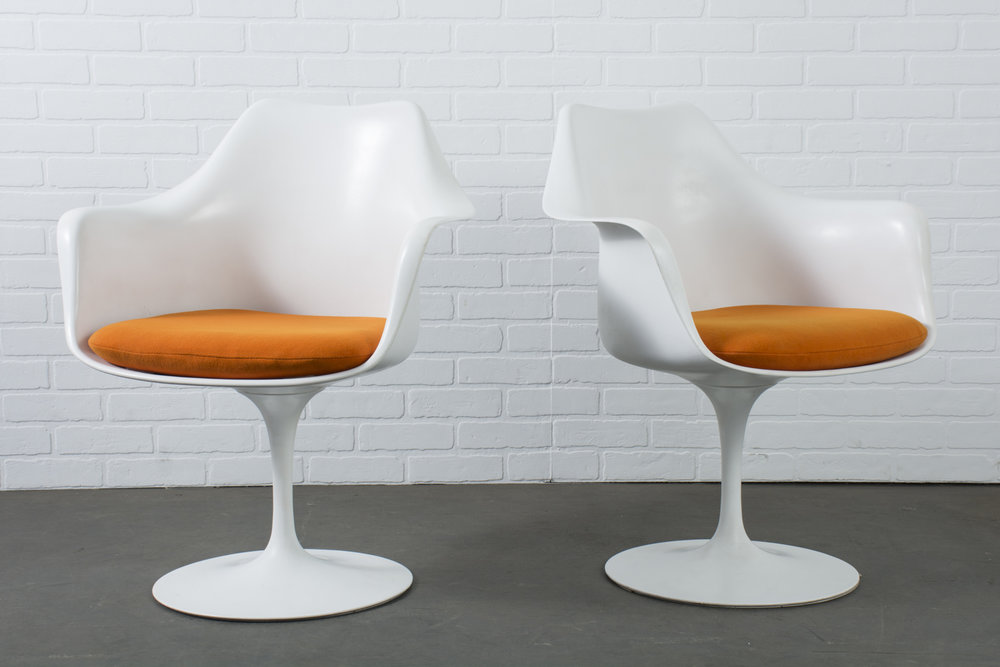 Vintage Eeron Saarinen Tulip Arm Chairs