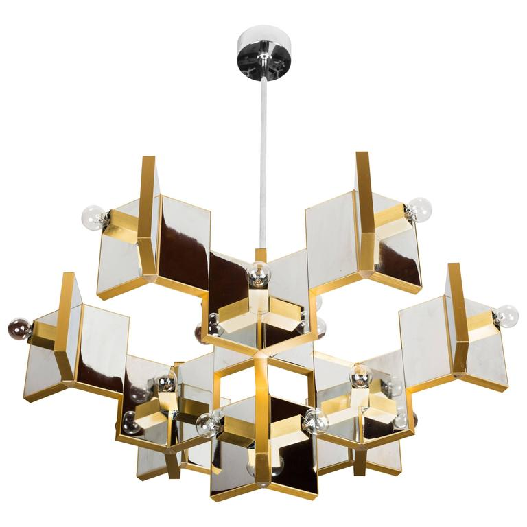 Gaetano Sciolari Chandelier | Photo: Rewire/1stdibs