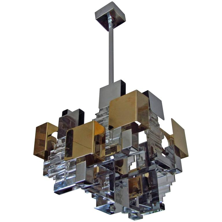 Gaetano Sciolari Chandelier | Photo: Getz/1stdibs