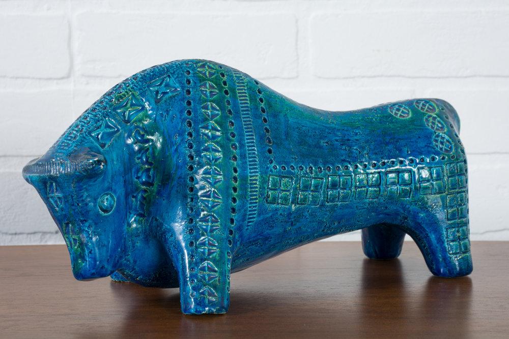 Vintage Mid-Century 'Rimini Blu' Ceramic Bull Sculpture by Bitossi for Raymor