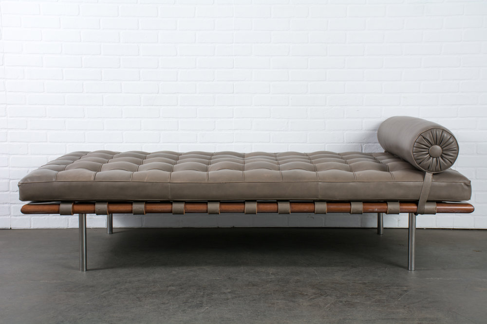 Copy of Knoll Daybed