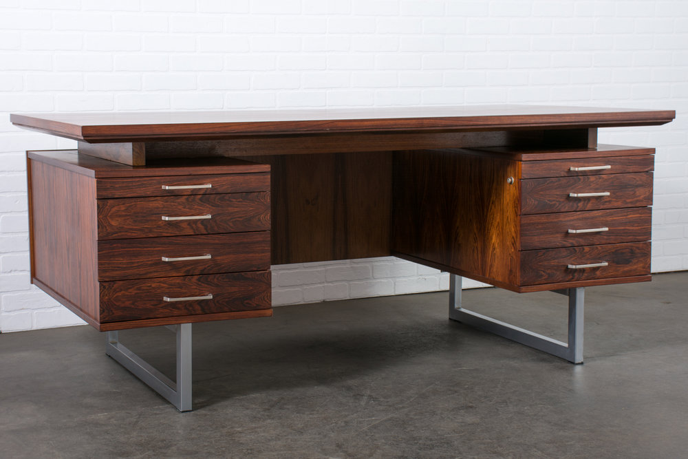 Mid Century Modern Rosewood Executive Desk, 1960s