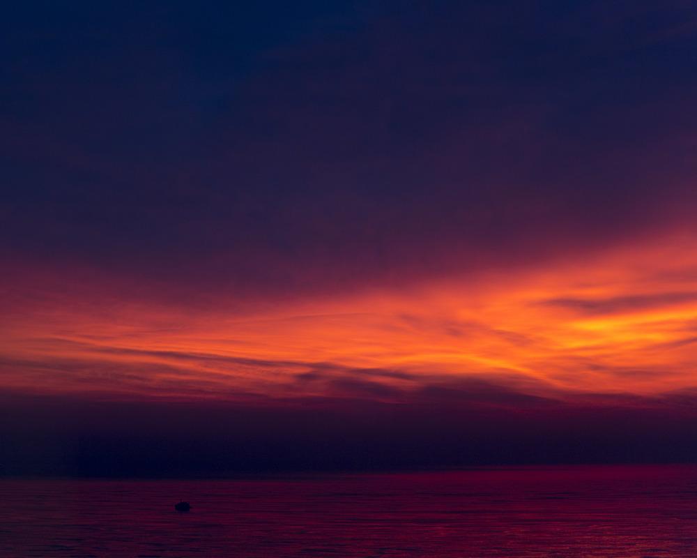 sunset over lake michiganDecember 19, 2013.jpg