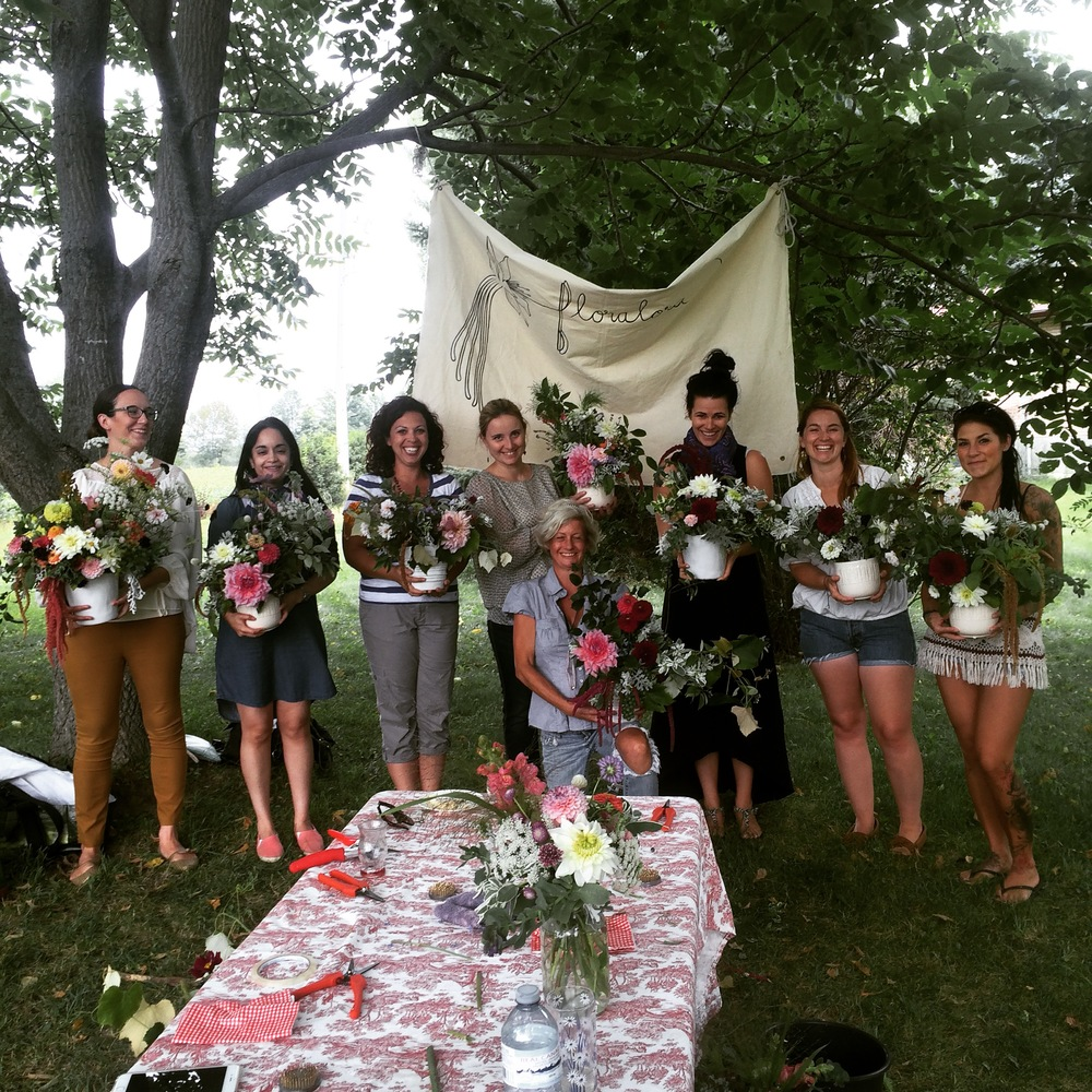 An awesome group of gals at our Dahlia workshop!