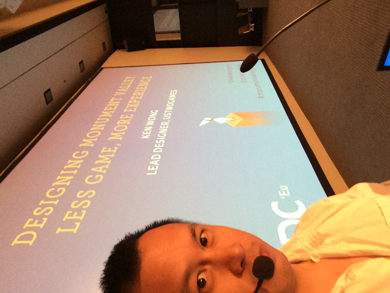 Ken prepares for his GDC Europe talk with a selfie