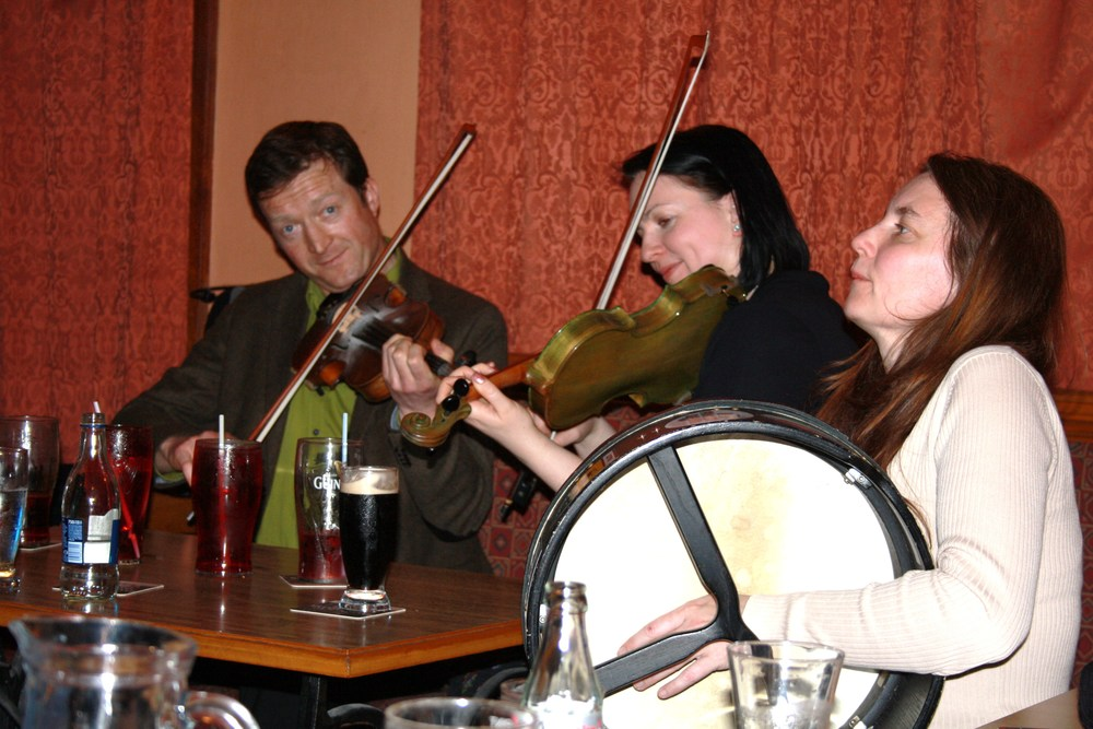 Julies Pictures Drumshanbow CD Launch 043.jpg