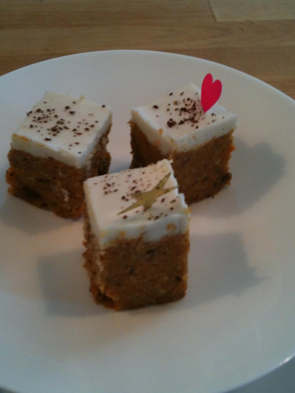 Carottes cake crus bien épicés, un délice!