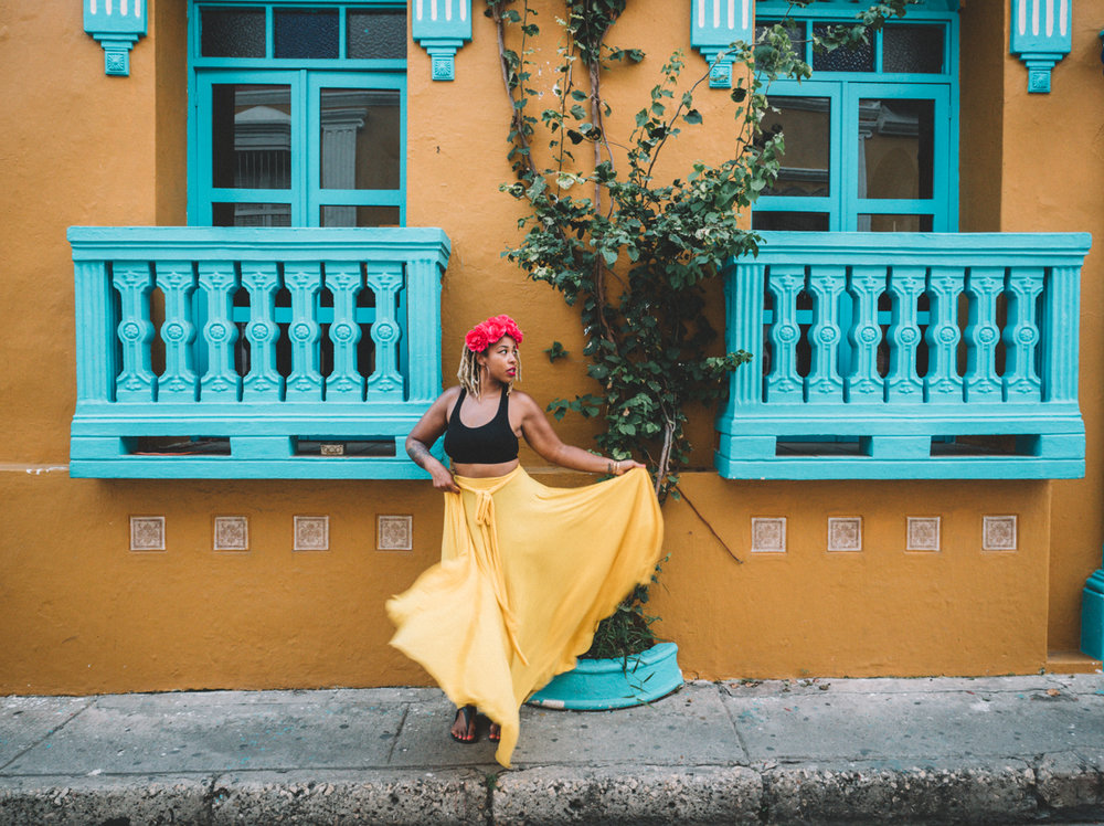 f1e94-mujer-cartagena-color-colombia.jpg