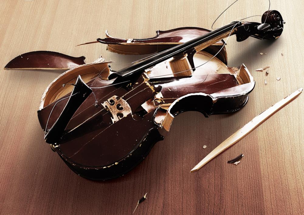 violín-roto.png