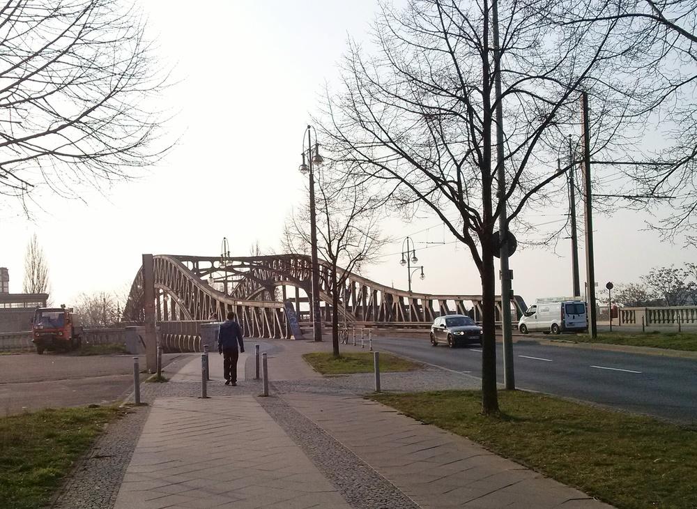 Η γέφυρα της Bornholmerstraße.