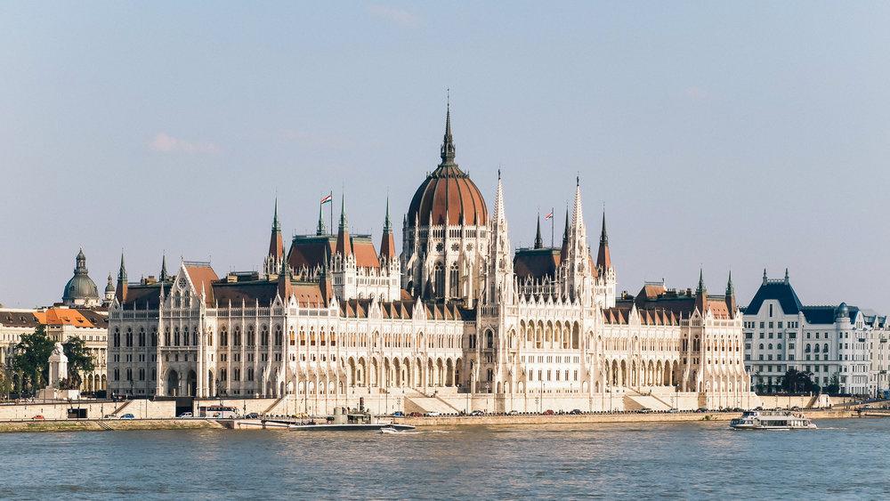 Το κτήριο του Κοινοβουλίου στην Βουδαπέστη