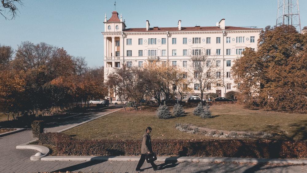 Η πολυκατοικία όπου έμενε ο Λι Χάρβεϊ Όσβαλντ στο Μινσκ