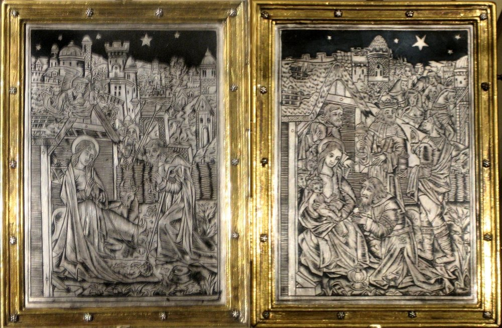 Diptych with nativity and adoration, silver and niello, engraved and guilded (gilded), copper alloy frame, Paris, c1500, The Cloisters, By wmpearl (The Cloisters, New York City) [Public domain], via Wikimedia Commons.