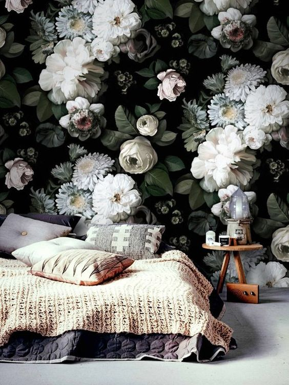 True Vine Studios | Floral Wallpaper.jpg