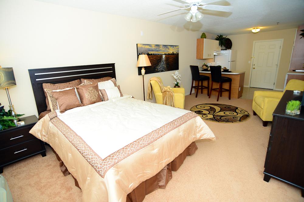 Brookridge Heights Apartments | Bloomington, IL