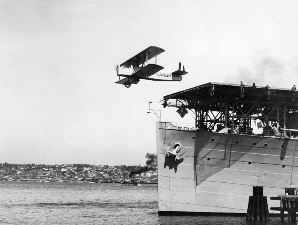 A DT-2 being launched from the US Navy's first aircraft carrier, the USS  Langley .            (San Diego Air & Space Museum)