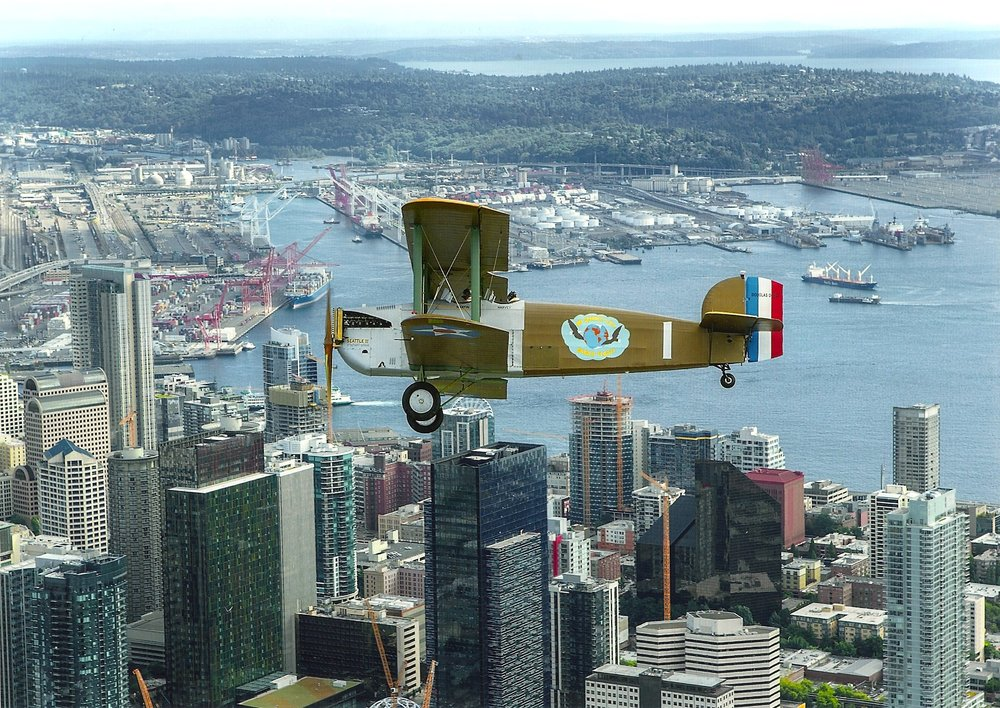 Banking over downtown Seattle.     (Image courtesy Jim Larsen)