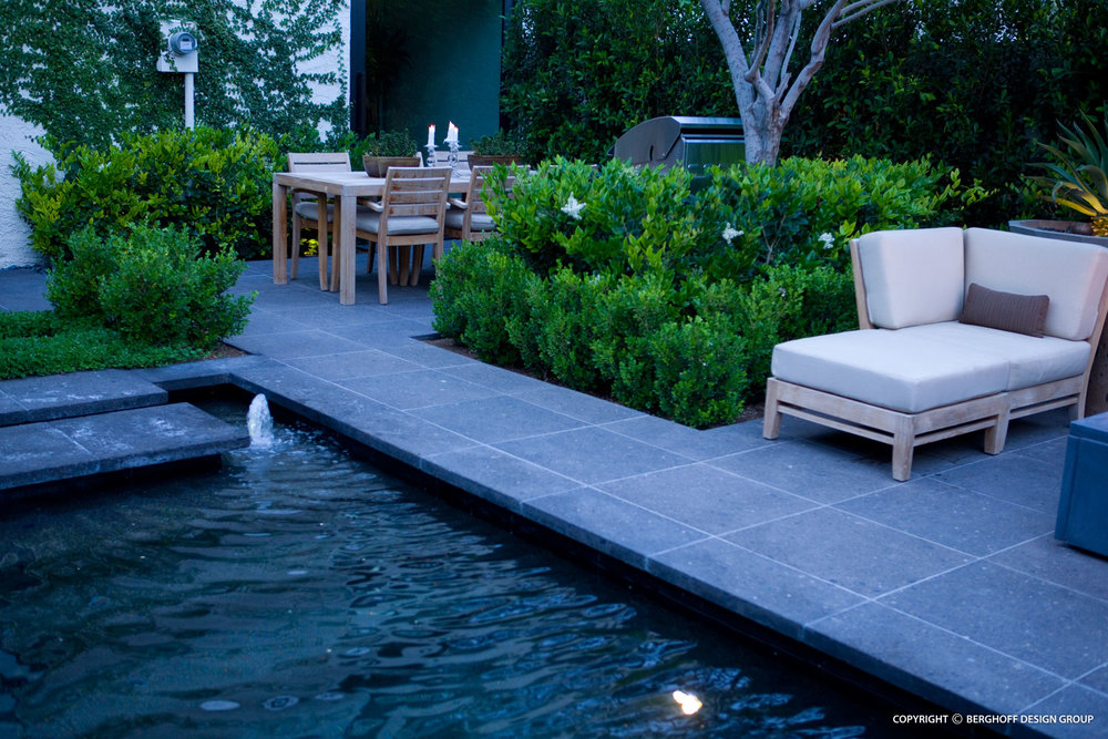 Contemporary residential landscape architecture www for Contemporary landscape architecture