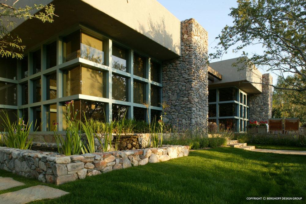 arizona-modern-home-landscape-architecture-phoenix-G7-img01.jpg